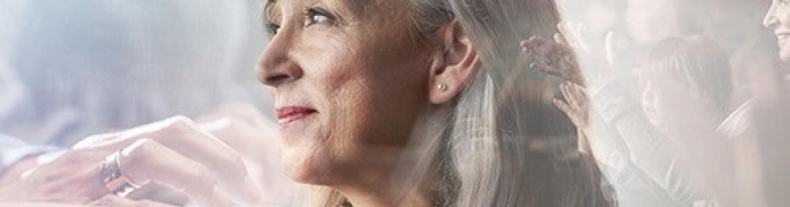 Acercando los audífonos a los más mayores